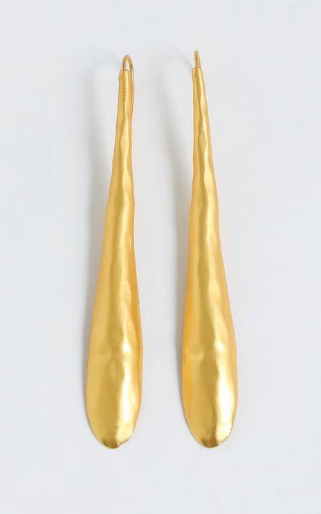 Zenaida Earrings in Gold
