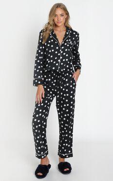 Project REM - Pyjama Set in Black Daisy