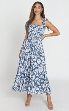 Rochelle Shirred Bodice Maxi Dress In Navy Floral