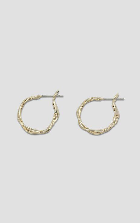 Jolie & Deen - Iris Hoop Earrings in Gold
