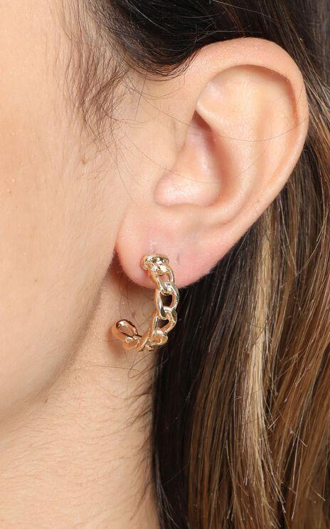 Golden Moment Hoop Earrings in Gold