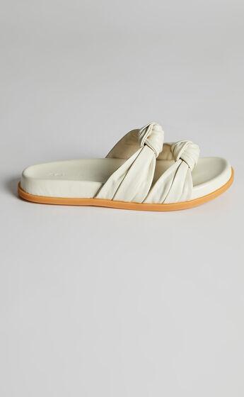 Sol Sana - Memphis Slides in Off White
