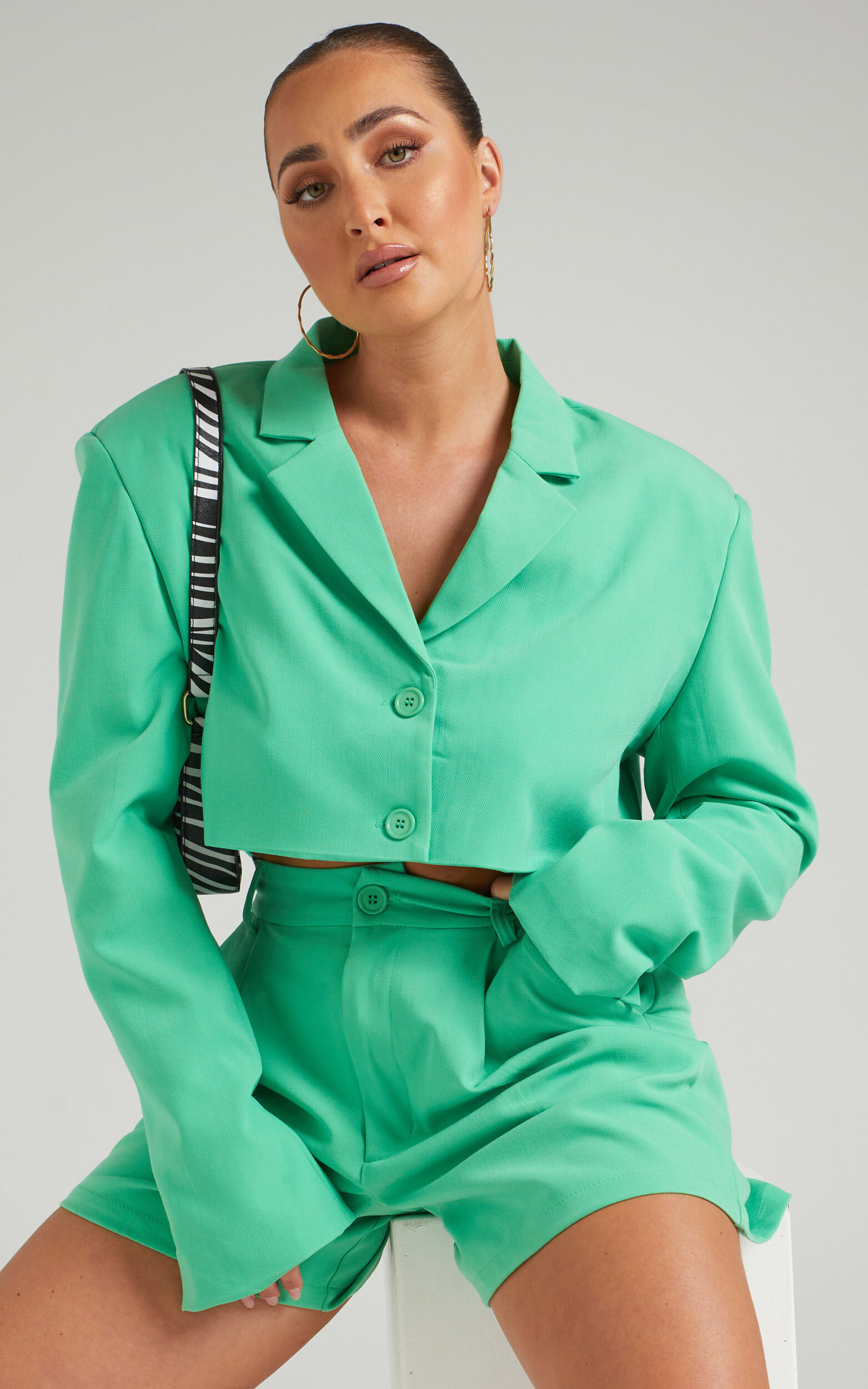Danielle Bernstein - Cropped Stretch Herringbone Twill Blazer in Green - L, GRN1, super-hi-res image number null