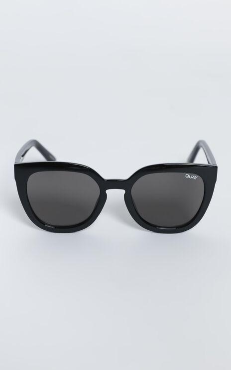 Quay - Noosa Sunglasses in Shiny Black / Smoke