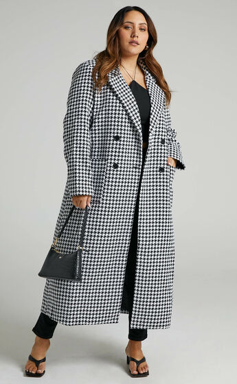 Violete Button Up Coat in Houndstooth Check
