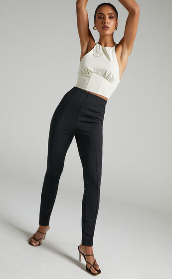 Kasidy High Waist Pin Tuck Pants in Black