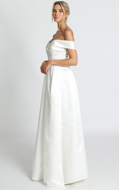 Sweet Innocence Gown in ivory satin - 18 (XXXL), Cream, hi-res image number null