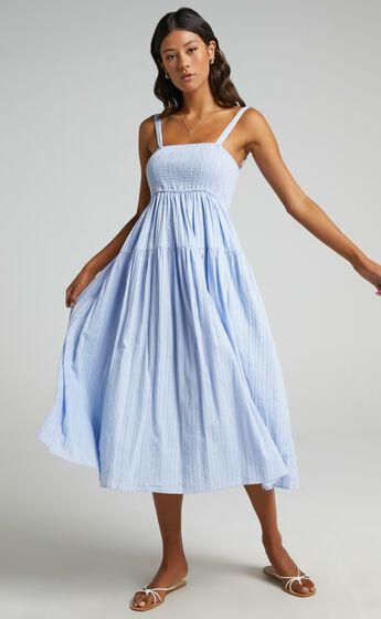 Carie Midi Dress in Blue
