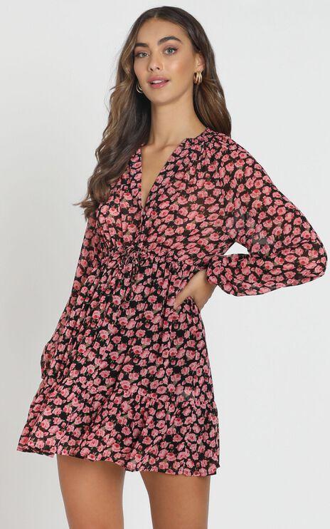 Petra Chiffon Smock Dress in black floral