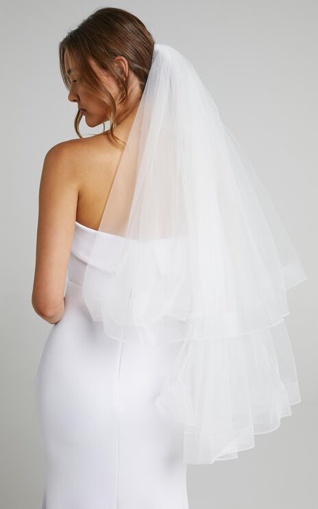 Magic Moment Veil in White