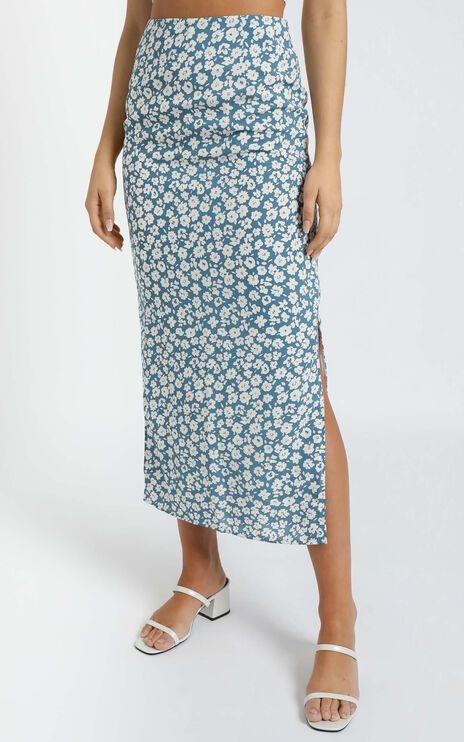 Freya Midi Skirt in Blue Floral