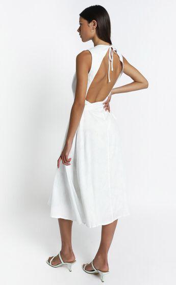 Yvie Dress in White Palm