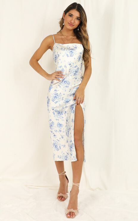Minimizing Risk Dress In White Floral Satin