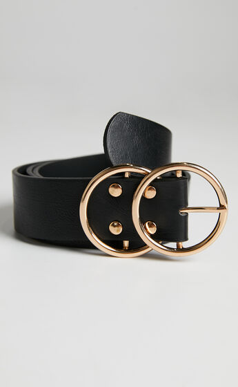 Midnight Charm Belt in Black And Gold Croc