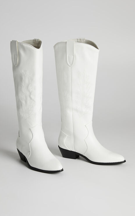 Therapy - Bonnie Boots in White