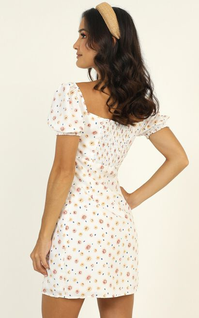 Stevie Dress in white floral - 12 (L), White, hi-res image number null
