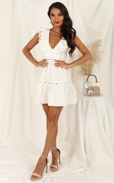 I Want It Dress In White Linen Look