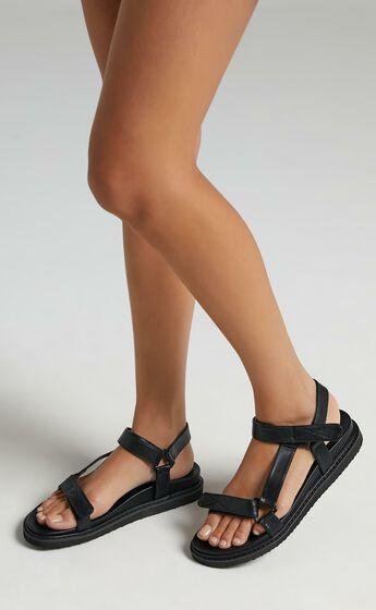 Billini - Zak Sandals in Black
