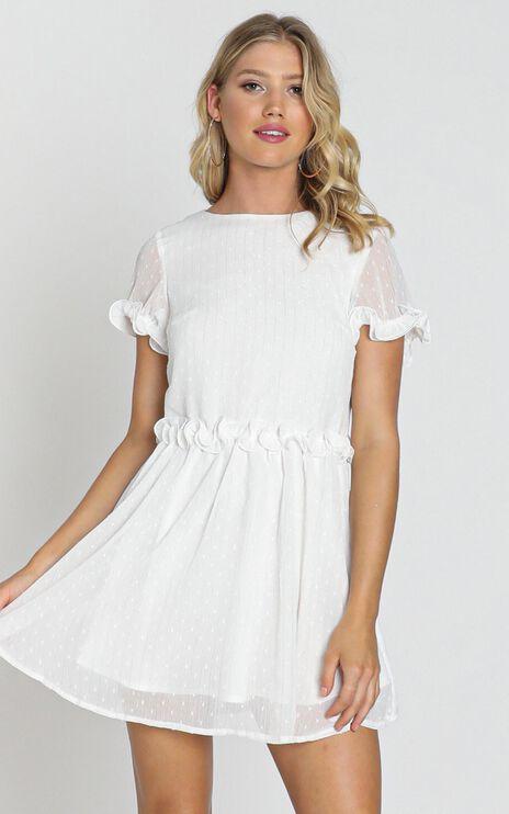 Larsa Textured Dobby Dress In White