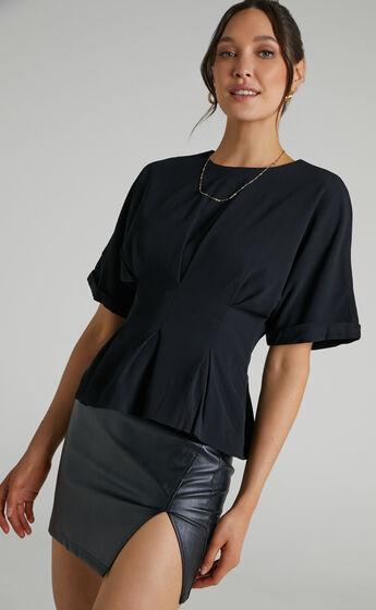 Kami Short Sleeve Top in in Black