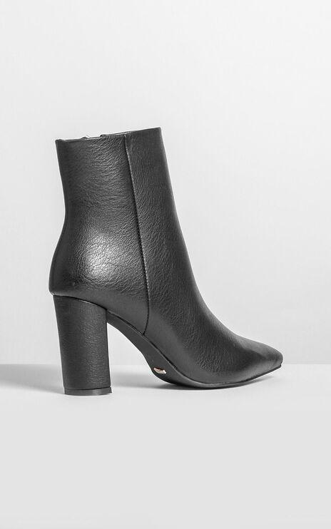 Billini - Whitney Boots In Black