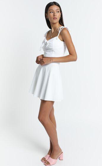 Pei Skirt in White
