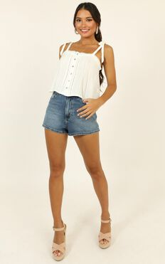 Bright Moments Top In White
