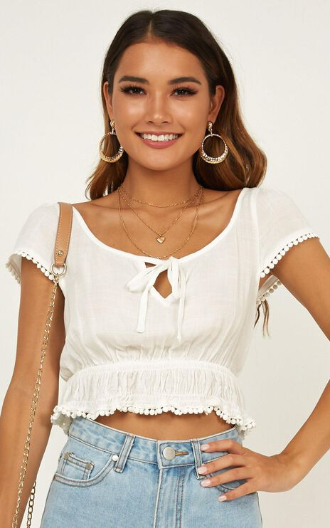 Count You In Top In White Linen Look