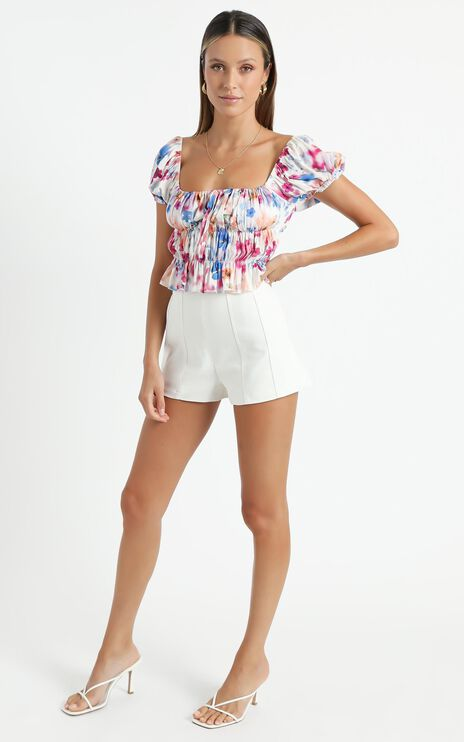 Gimme Top in Blur Floral