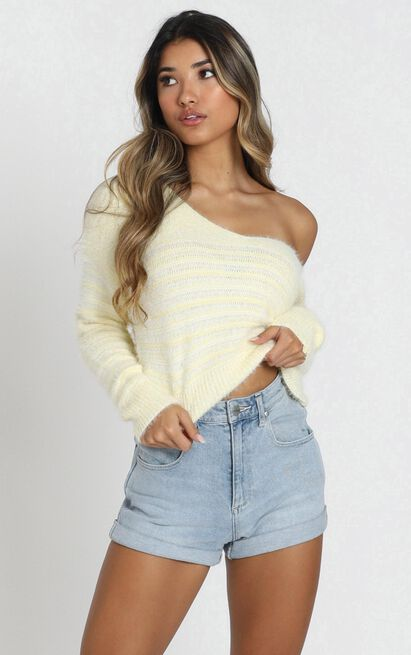 Jamila Knit Jumper in pastel yellow - L, Yellow, hi-res image number null