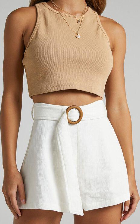 Devera Shorts in Off White
