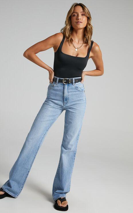 Rollas - Dusters Boot Cut Jean in Sunshine Blue