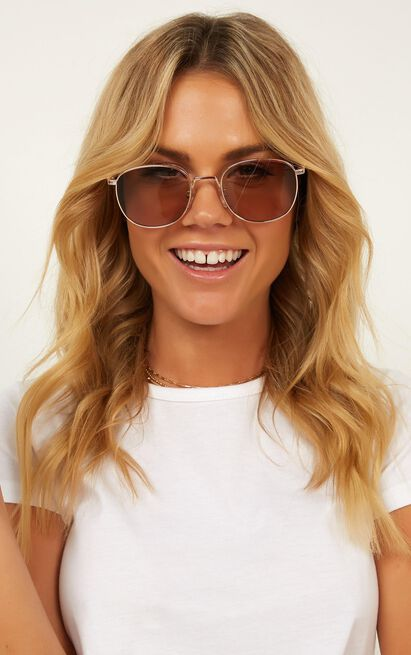 Came Here To See Me Sunglasses In Gold, , hi-res image number null