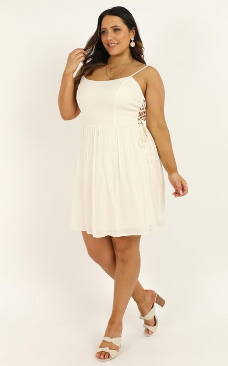 Nice And Tidy Dress In Cream