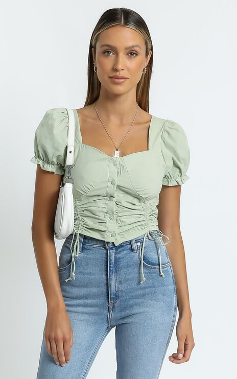 Hunter Top in Sage