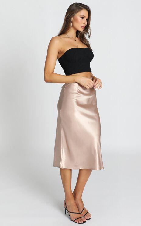 Creating Art Skirt In Champagne Satin