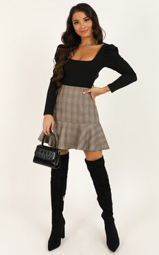 Get Moving Skirt In Chocolate Check