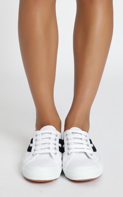 Superga - 2953 Swollowtail Cotusuede Sneaker in white and black - 11, White, hi-res image number null