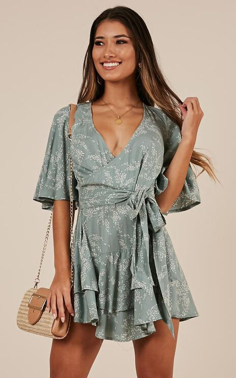 Move Like This Playsuit In Mint Floral