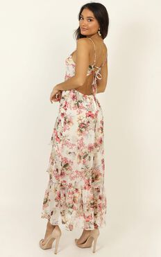 We Are Back Dress In White Floral