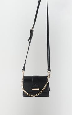 Evening Party Chain Sling Bag In Black And Gold