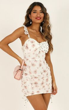 We Got The Flowers Dress In White Floral