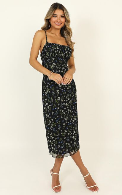 Floral Arrangement dress in navy floral - 16 (XXL), Navy, hi-res image number null