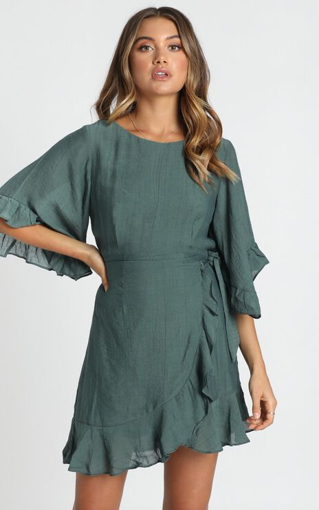 Fleur Crinkle Chiffon Dress in Forest Green