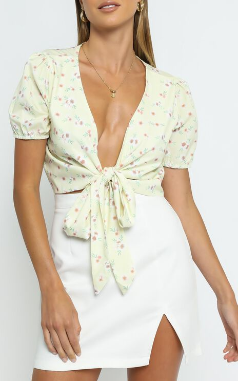 Sunset Boulevard Top in Yellow Floral