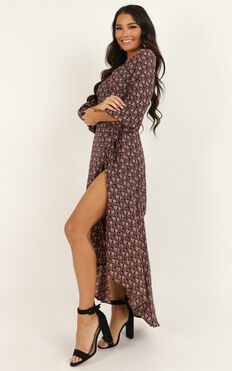 Keen Spender Dress In Black Floral