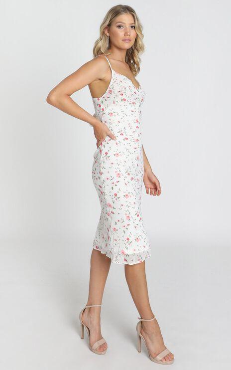 Elki Midi Dress in White Floral