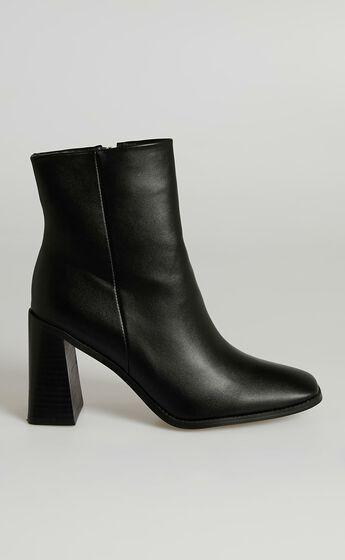Billini - Scorpio Boots in Black