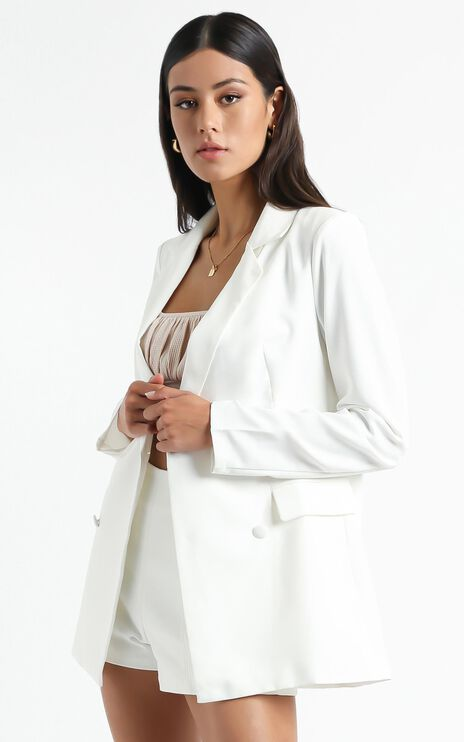 Quick To Win Blazer in White