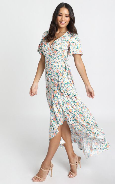 Lavish Life Dress In Multi Floral